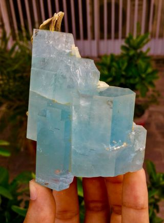 Wow 1848 C.  T Top Class Damage Terminated Blue Color Aquamarine Crystal