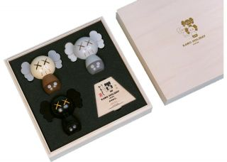 Kaws: Holiday Japan Limited Wood Kokeshi Doll Set (set Of 3) Confirmed Pre - Order