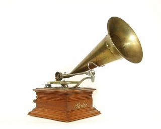 1901 Zon - O - Phone Parlor Phonograph W/orig.  All - Brass Horn