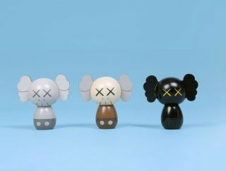 Kaws: Holiday Japan Limited Wood Kokeshi Doll Set (set Of 3) Confirmed Order