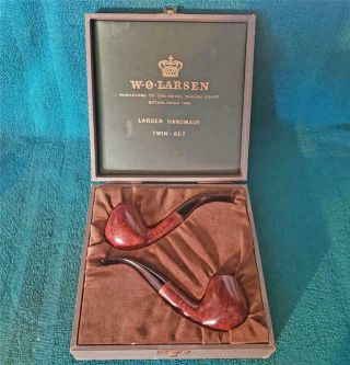 "Stunning W.  O.  Larsen "" Straight Grain  Twin Set "" Freehand Danish Estate Pipes"