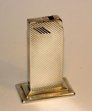 Art Deco Modernist Avedon Automatic Solid Sterling Silver Windproof Lighter