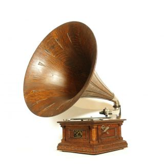1903 Victor MS Phonograph w/Original Spear Tip Wood Horn & Stunning 2