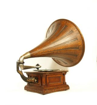 1903 Victor MS Phonograph w/Original Spear Tip Wood Horn & Stunning 3