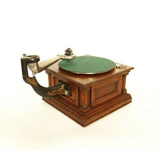 1903 Victor MS Phonograph w/Original Spear Tip Wood Horn & Stunning 4