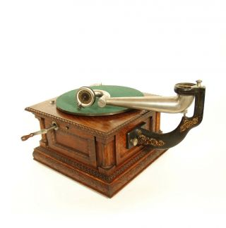 1903 Victor MS Phonograph w/Original Spear Tip Wood Horn & Stunning 5
