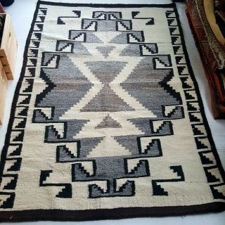 Early Transitional Navajo Blanket / Rug - Stylized Geometric Designs.  3.  5ft×5.  4ft