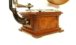 Near 1907 Victor II Phonograph w/Spear Tip Wood Horn Gorgeous 4