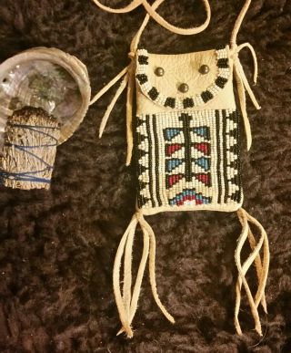 Beaded Medicine Bag Mountain Man Rendezvous Strike - A - Lite Pouch Dragonfly
