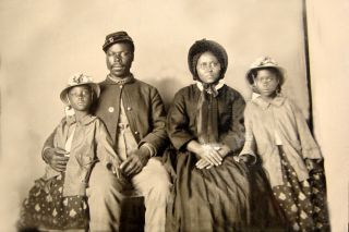 1863 - Civil War - African American Soldier With Wife & Daughters - Only Known Family