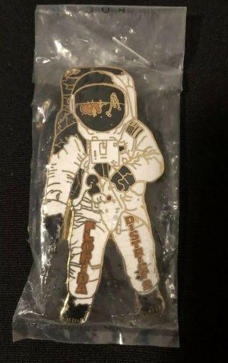 Little League Pin: White Cloisonné Astronaut With Wrinkle In Package.
