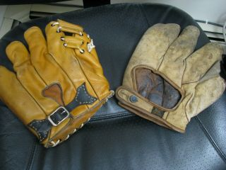 2 OLD BASBEALL GLOVES D&M AND STALL & DEAN SPECIAL 8060 2