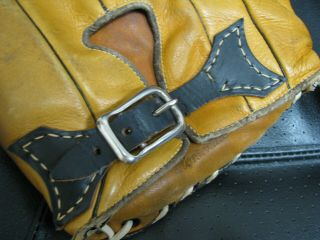 2 OLD BASBEALL GLOVES D&M AND STALL & DEAN SPECIAL 8060 3