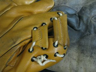 2 OLD BASBEALL GLOVES D&M AND STALL & DEAN SPECIAL 8060 8