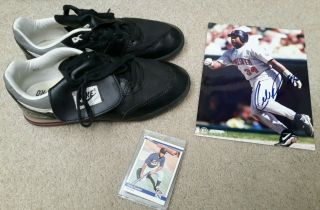 Kirby Puckett Game & Autographed Nike Turf Shoes With Rookie Card & Photo