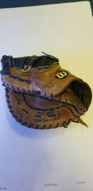 San Francisco Giants Brandon Belt 2012 Game Signed Worn Fielder's Glove -