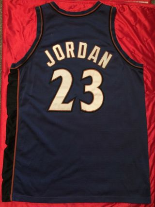 MICHAEL JORDAN WIZARDS BULLS 2001 - 02 GAME WORN ROAD JERSEY.  FULL.  GOAT 2