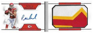 2017 National Treasures Patrick Mahomes Auto 3 Color Jumbo Patch Book Rc /99