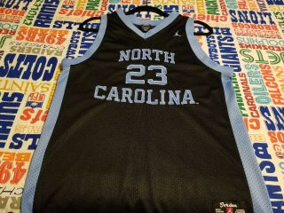 Michael Jordan North Carolina Tar Heels 1982 National Champions Jersey (82) Sz - L