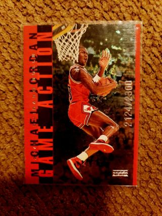 Michael Jordan 1998 Upper Deck Game Action Limites 2124/2300