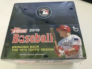 2019 Topps Heritage Baseball Retail Box 24 Packs