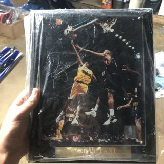 Kobe Bryant Authentic Autograph Photo Plaque
