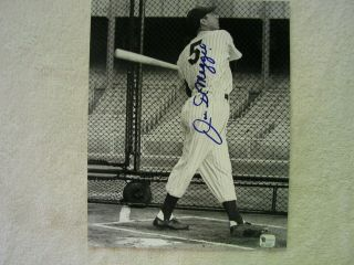 Joe Dimaggio Signed Autographed Certified B & W 8 X 10 Photo Yankees Hof