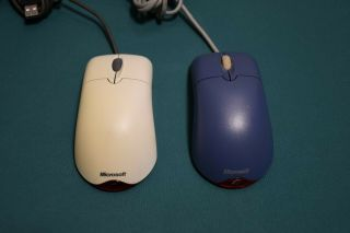 Microsoft Wheel Mouse Optical Wmo 1.  1 - Blue And White Versions - Rare