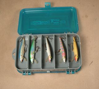 Pocket Pak By Plano 2 Sided Tackle Box 3213 With 13 Lures