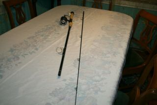 Vintage True Temper 638 Uni - Spin Fishing Rod