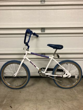 """1980's Huffy Thunder Trail Bmx 34 20"""" Rare Vintage Bicycle Barn Find"""