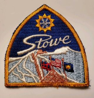 Vintage Stowe Embroidered Cloth Ski Patch Vermont Skiing