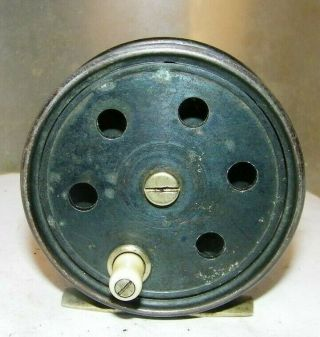 Vintage Fishing Reel - - Sturdibilt Wanita Old Tin Reel