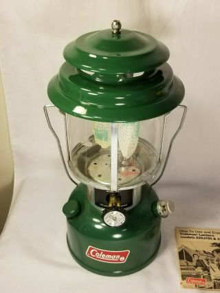 Vintage Green Coleman Lantern 220j195 Double Mantle W/box
