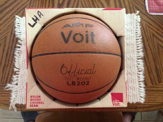 Vintage Voit Amf Lb 202 Official Size & Weight 1970s Basketball.  Rare