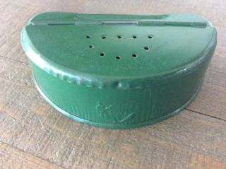 Vintage Old Pal Metal Cricket Bait Box