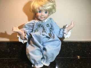 "Danbury Rare Porcelain Doll "" Tracy "" By Elke Hutchens 1992 Girls Collectible"