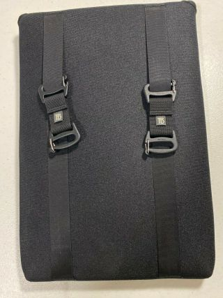 "Tom Bihn "" Cache "" Laptop Sleeve (13 "" Macbook Pro Retina) Rare "" Vertical "" Model"