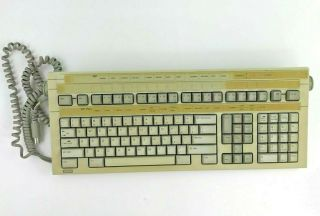 Vintage Wang 724 Keyboard Beige Cheat Sheet Cable Attached Rare Feet Ok