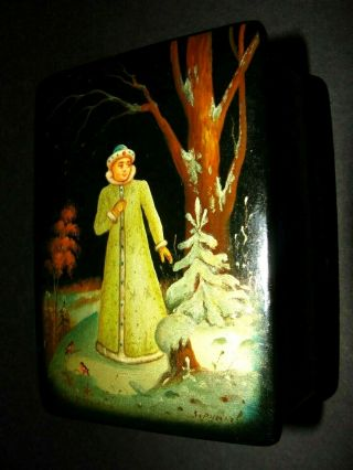 Fedoskino Russian Lacquer Hand Painted Signed Sleeping Snow Girl.  Rare.  1977
