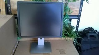 """19 """" Dell Lcd Monitor Not Wide Rotate Able Screen P1914f Rare 1"""