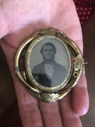 Rare Antique Victorian Huge Mourning Photo Hair Locket Brooch Brass Or Pinchbeck