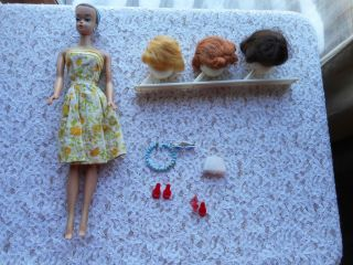 Vintage 1958? Queen Barbie Doll With Wigs Earrings And Accessories