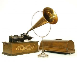 Near 1903 Edison Home Phonograph W/rare Type D Repeater & Orig.  Brass Horn