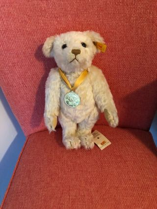 Steiff Bear Millennium 2000 Danbury With Ear Button Tag And Box