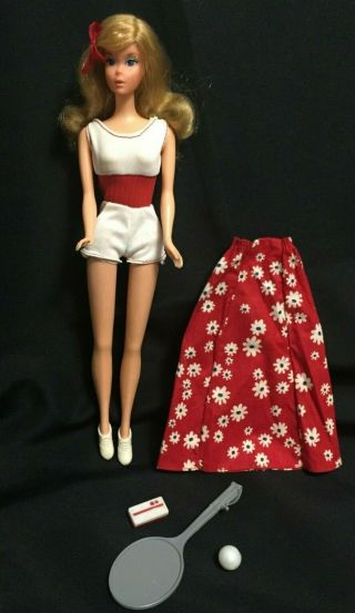 Vintage 1974 Moving Barbie Doll 7270 W/ Outfit 3 Day