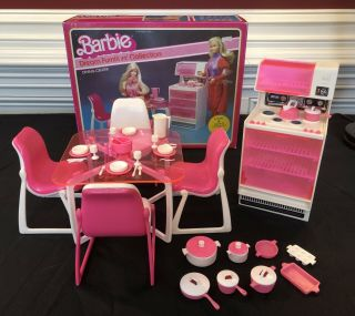 Vintage Barbie Dream Furniture Pink Stove Oven Dining Table Chairs Box Dishes