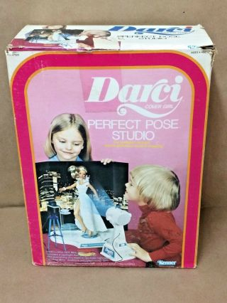 Vintage Kenner Darci Doll 1979 - Perfect Pose Studio - Complete