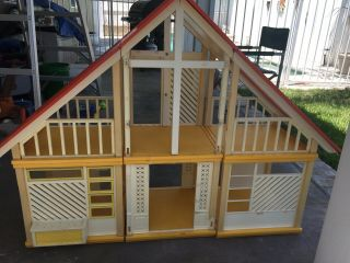 Vintage Barbie A Frame House 1970's
