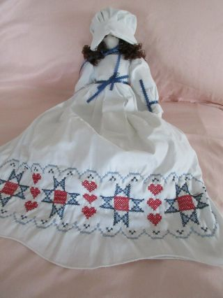 Handmade Vintage Authentic Pillowcase Doll Amish Faceless Americana Embroidered